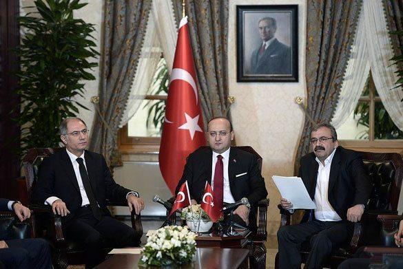 28-Şubat-2015--Dolmabahçe-Mutabakatı-ve-Açıklanan-10-Madde 2015'te Türkiye'de Yaşanan Olaylar