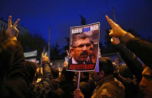 28-Kasım---Diyarbakır-Barosu-Başkanı-Elçi-Öldürüldü