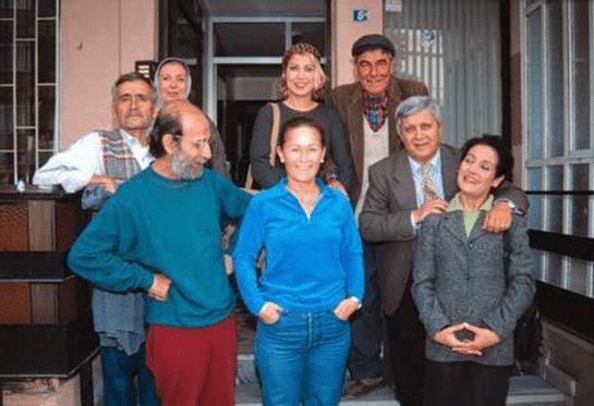 bizimkiler dizisi oyuncuları - 90'ların Unutulmayan Türk Dizileri