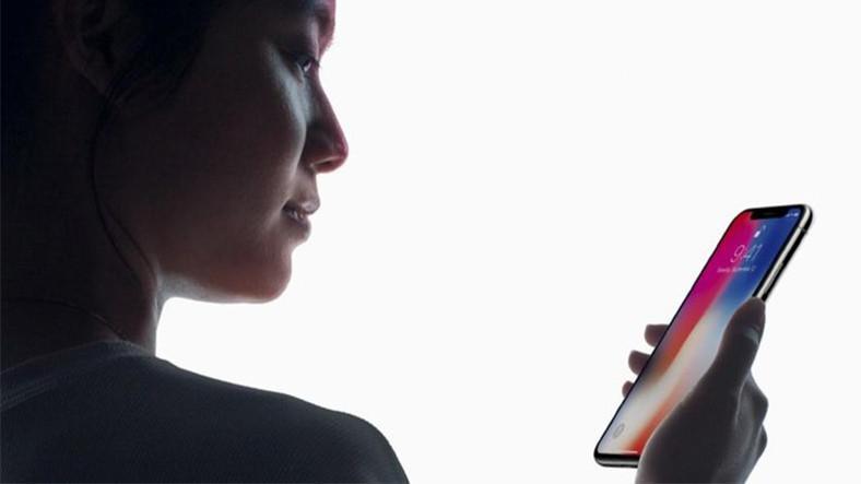 iPhone X Face ID Nasıl Çalışıyor ?
